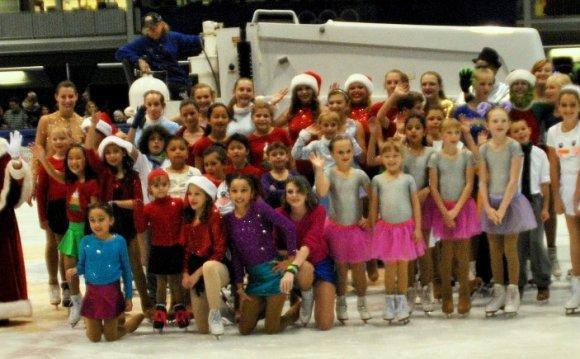 Oval Figure Skating Club