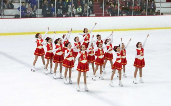 Skyliners Synchronized Skating