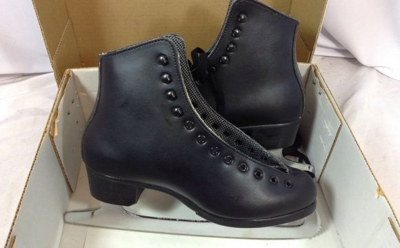 Riedell Mens Figure Skates